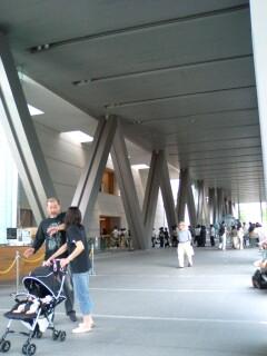 本日は東京都現代美術館